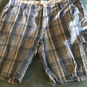 Men's Tommy Bahama Shorts size 36